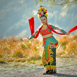 gandrung dancer by Hery Sulistianto - People Musicians & Entertainers
