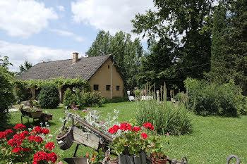 maison à Saint-Palais (18)