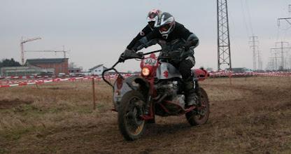 Photo: Er fuhr als gäbe es kein Morgen !!! Das Suzuki 750ccm Gespann mit Henning Rausch