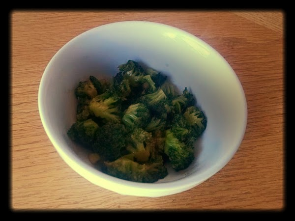 Broccoli With Asian Oyster Sauce Recipe