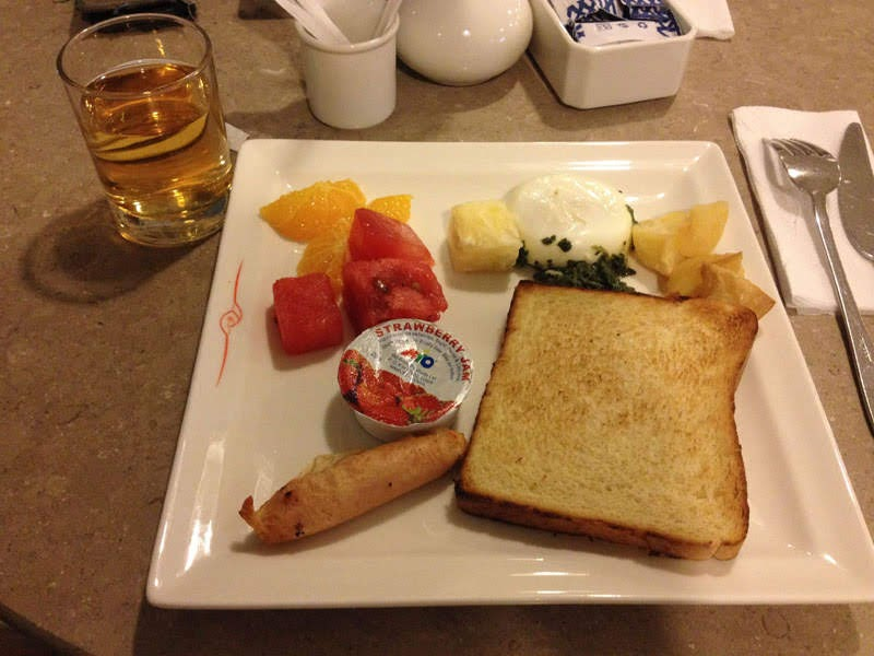 Breakfast at Kenya Airways Pride Lounge