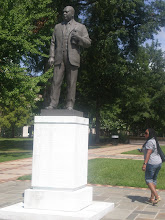 Photo: statue in Kelly Park of MLK