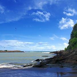 Karang Bolong Beach by Mulawardi Sutanto - Landscapes Beaches ( gombong, mantao, mantap, pantai, beach, karang bolong, travel, central java )