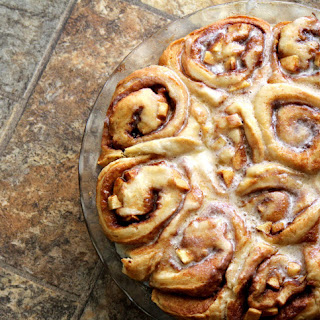Gooey Apple Cinnamon Rolls