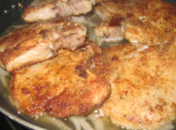Mom's Tender And Juicy Pork Chops Recipe