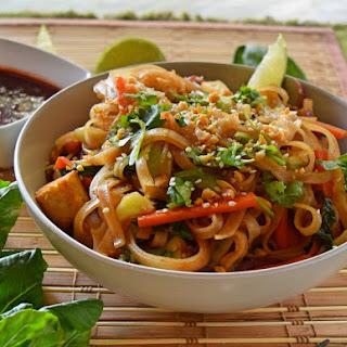 Easy Homemade Vegan Pad Thai