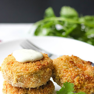 Best Salmon Patties With Broccoli And Blue Cheese Dip