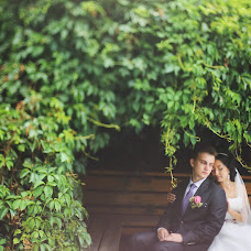 Bröllopsfotograf Malik Alymkulov (malik). Foto av 11.02.2014