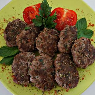 Turkish Meatballs – KÖFTE