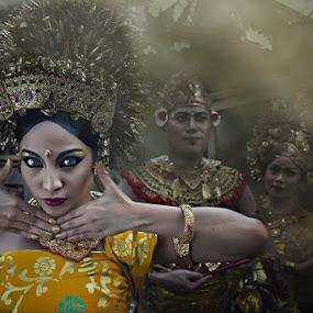 bali dancer  by Ruly Wardana - People Portraits of Women