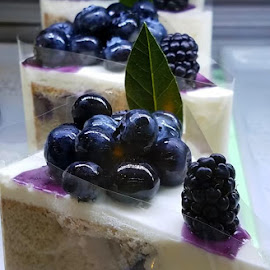 Blueberry Cheesecake  by Vijay Govender - Food & Drink Cooking & Baking