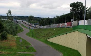 Photo: Dorohusk. Przejście graniczne na Ukrainę dla samochodów ciężarowych.