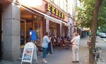 Photo: SUNDAY 18TH AUGUST,  AFTER A GOOD BREAKFAST AT CAFE EKBERG ...