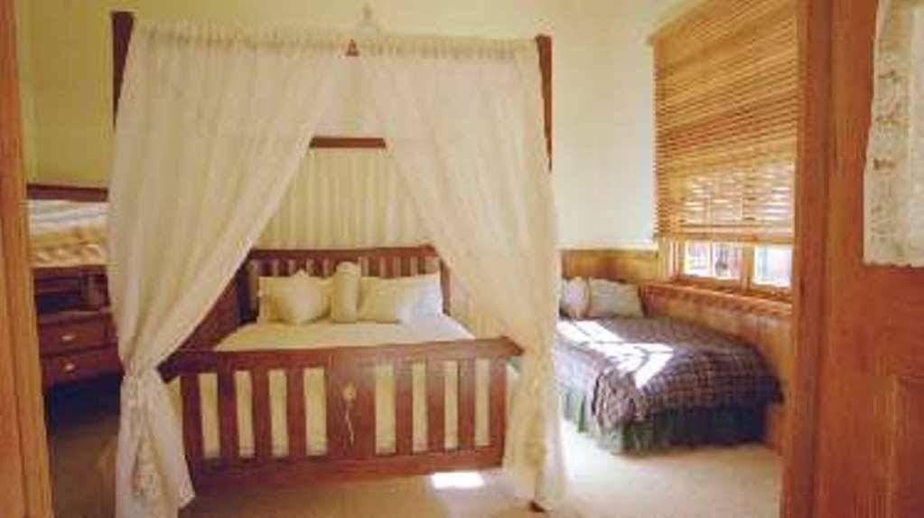 Butterfly Farm Bed and Breakfast Nirranda