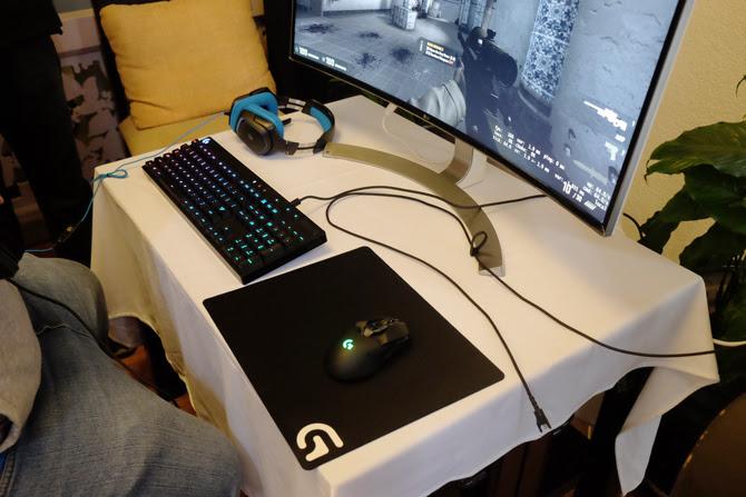 logitech ra mat G610, G810 và chuột chơi game không dây G900 Chaos Spectrum