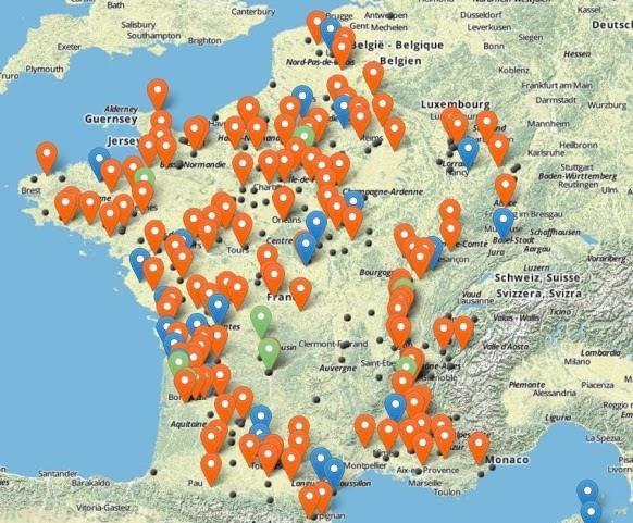 les villes qui s'apprêtent à bannir le vélo en ville en rouge, en bleu celles qui y réfléchissent