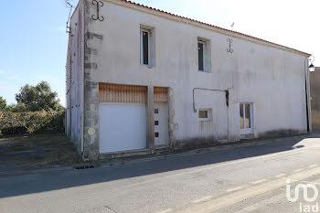 locaux professionels à Esnandes (17)