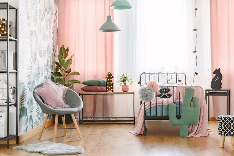 Jak powinien wyglądać idealny pokój dla nastolatka? Odpowiadamy
