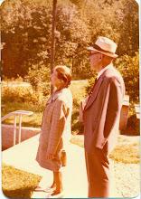 Photo: Emilia Muller i Karol Rezner - zarządca dworu w Czernicy w czasie gdy dzierżawcą był H. Muller - Niemcy lata 80-te.