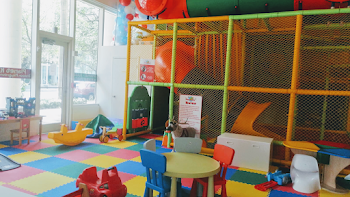 Planet Kids Indoor Playground and Cafe