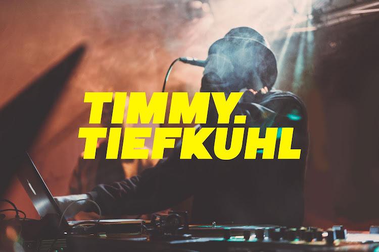 DJ Timmy Tiefkühl beim Hafenspaziergang