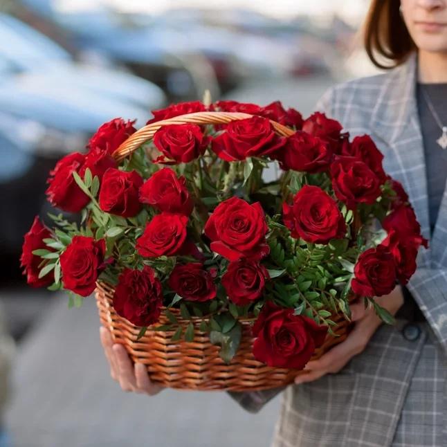 Какие цветы подарить мужу на юбилей 45 лет, самара оптом доставка