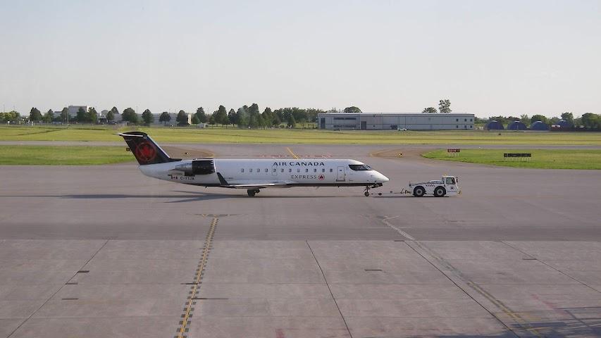 Air Canada CRJ ✈ E175 ✈ B767-300ER ✈ B777-300ER J - Airliners net