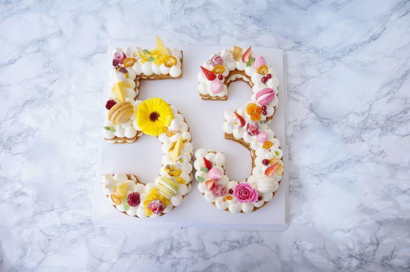 gâteau anniversaire number cakes gâteau licorne layer cake gâteau sur mesure gâteaux à thème
