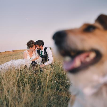 Wedding photographer Beáta Angyalosi (captureit). Photo of 07.09.2017