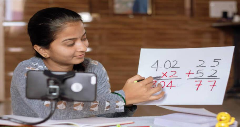 a live tutor is best for math homework for kids