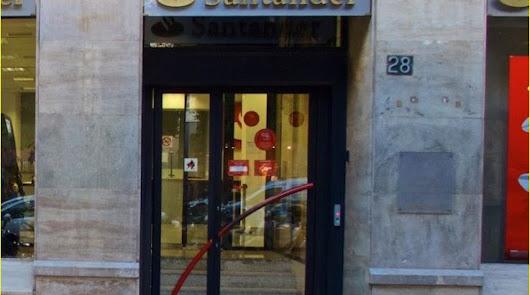 Almería tiene ya las mismas oficinas bancarias que en 1985