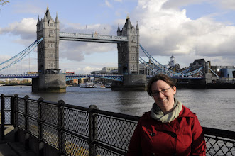Photo: Shauna poses for the obligatory shot in front of Tower Bridge