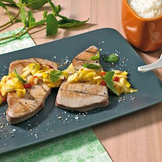 Thunfischsteaks mit Chicorée-Salsa