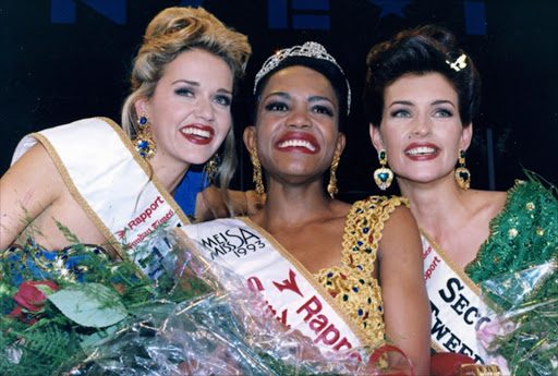 Jacqui Mofokeng (centre) was the first black Miss SA in 1993.