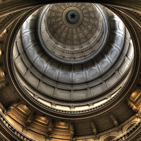 Texas Capital by Sal 1701 - Buildings & Architecture Public & Historical