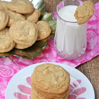 White Chocolate Macadamia Nut Cookies – Subway Style Recipe