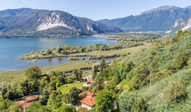 Villa with garden and terrace Verbania