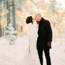 Wedding photographer Anton Kiker (Kicker). Photo of 09.03.2017