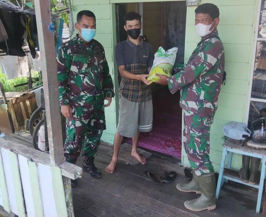 Sebagai Bentuk Kepedulian Kepada Masyarakat, Zidam Berbagi di Desa Tanjung Mekar