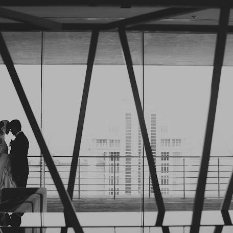 Wedding photographer Mirko Oleg (mirkooleg). Photo of 05.09.2017
