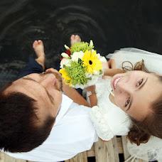 Wedding photographer Zhenya Belousov (Belousov). Photo of 09.09.2015