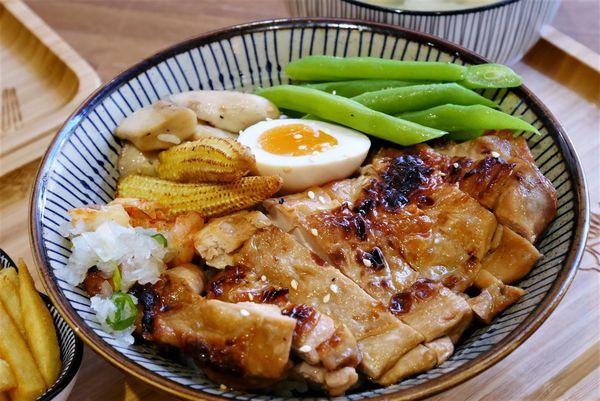 賣丼嘍-燒肉丼飯