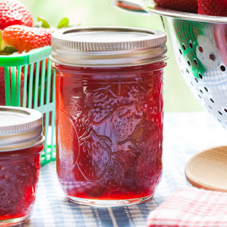 Strawberry Jelly - Fruit Pectin.