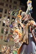 Photo: 13.03.14 Visita a ver las fallas