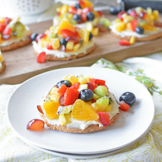 Healthy Mini Rainbow Fruit Pizzas.