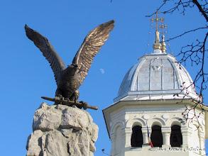Photo: Monumentul Eroilor Aviatori  Piata 1 Decembrie 1918 Detaliu (2012.02.01)   http://ana-maria-catalina.blogspot.ro/2013/05/turda-monumentul-aviatorilor.html