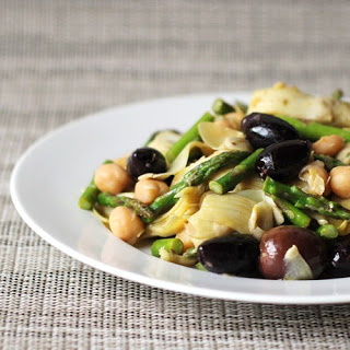 Artichoke, Asparagus, and Garbanzo Salad