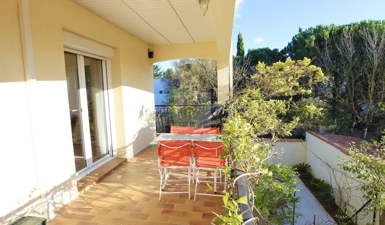 Villa avec piscine et terrasse Boujan-sur-Libron