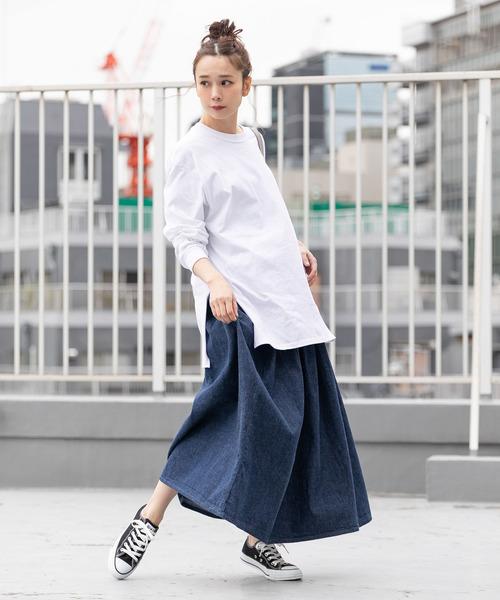 ロンティー コーデ 白 究極!白Tシャツ×デニムの着こなし術とレディースコーデ30選