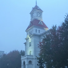 Photo: A view of the courthouse in the morning fog